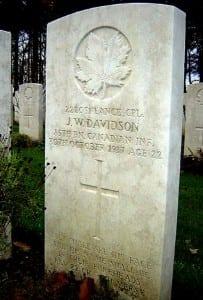 Grave of James Warren Davidson in Buttes New British Cemetery in Belgium.