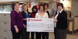 Chatham Scotiabank Supports Purse Auction