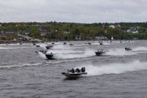 Boats taking off for the 2017 Striper Cup