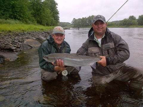 Robert Bell with guide Derek Munn and a nice salmon taken on a shady lady.