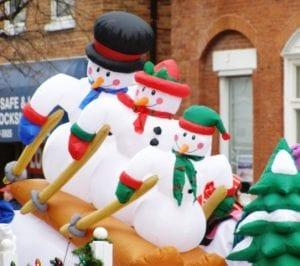 christmas-parade-snowmen-Small